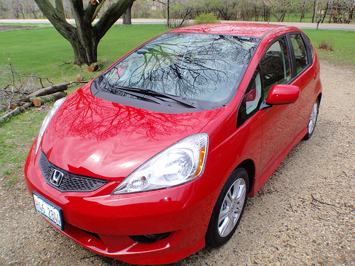 red honda fit photo